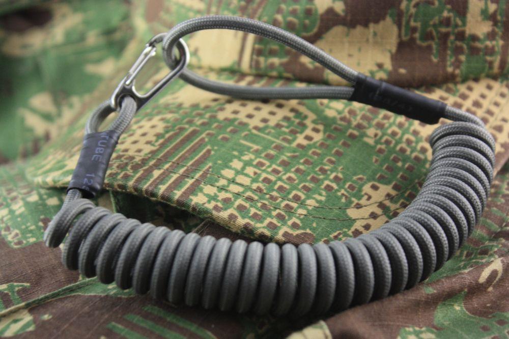 Спиральный тренчик (страховочный шнур)