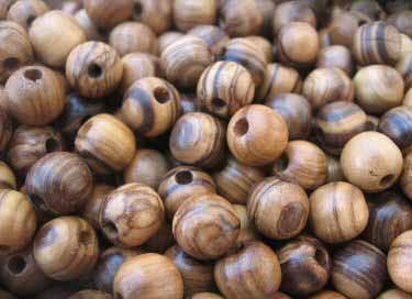 Бусины из маслины (оливы)