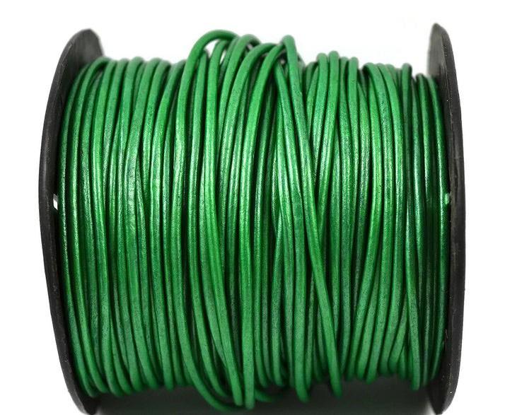 Кожаный шнур зеленый 2мм