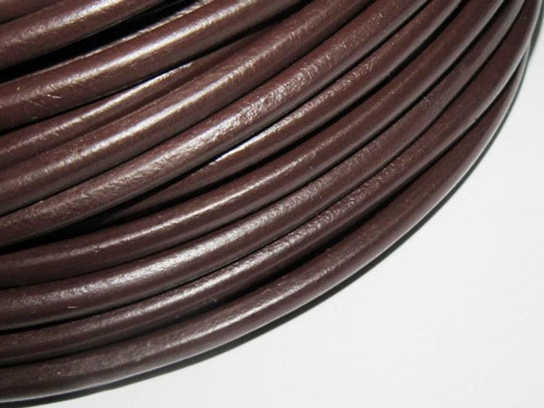 Шнур кожаный круглый коричневый  4мм